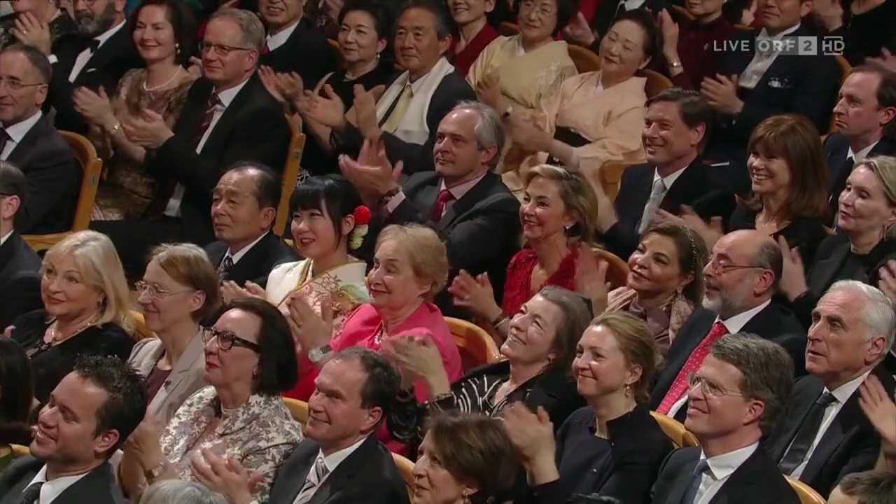 Vienna Philharmonic New Year's Concert 2016 - Part 2.mp4_005375580.jpg