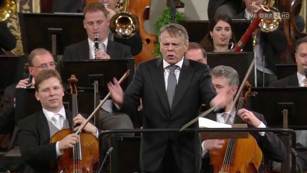 Vienna Philharmonic New Year's Concert 2016 - Part 2.mp4_005370379.jpg