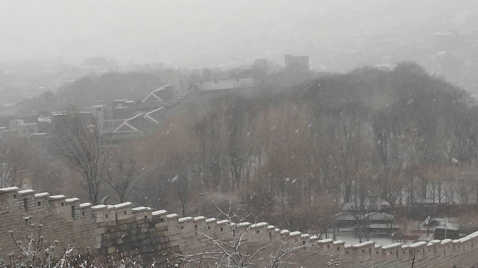 서울성곽 눈 겨울.jpg